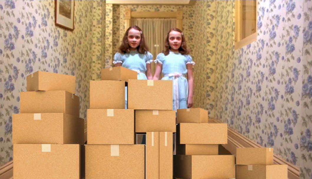 Es importante conocer las medidas del pasillo o de las escaleras para evitar molestarlos y que aparezcan al final del pasillo como las gemelas de El Resplandor
